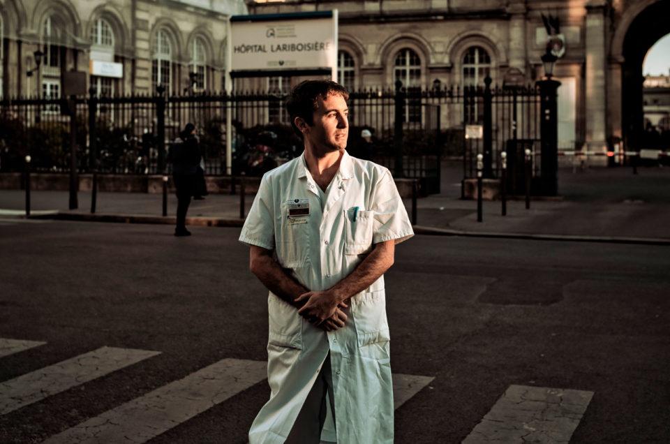 Portrait de Maxime Gautier, urgentiste dans Le Monde