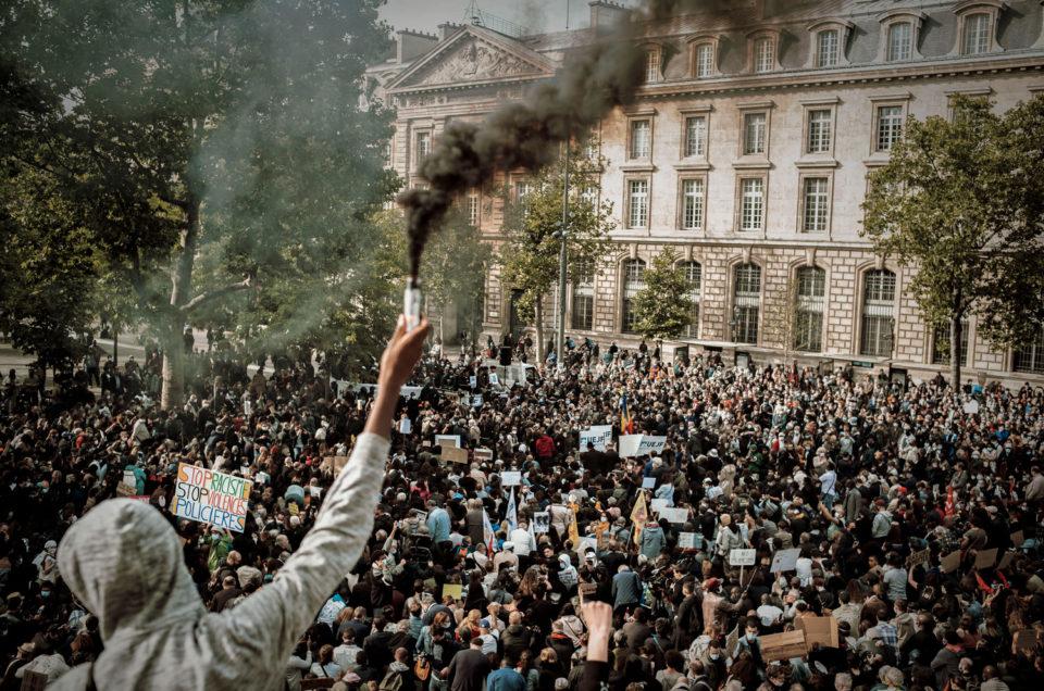 Rassemblement Place de la République en hommage à George Floyd, le 9 juin 2020
