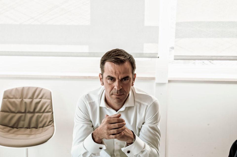 Portrait d'Olivier Véran, Ministre de la Santé pour Le Monde
